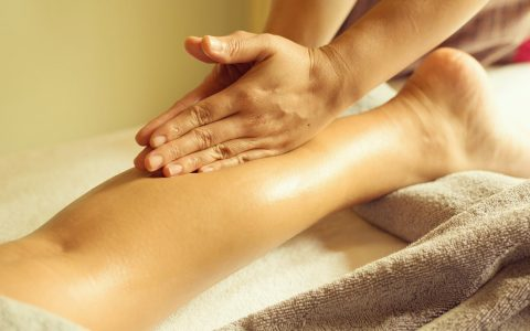 Galerie-03-Massage-des-jambes-1
